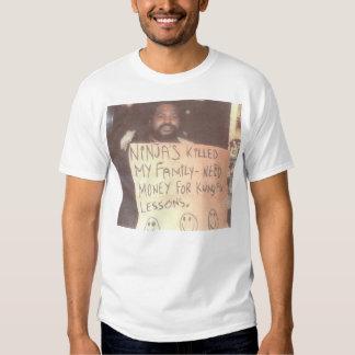 Hombre sin hogar de Ninja Camisas