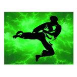 Hombre verde del relámpago de los artes marciales tarjeta postal