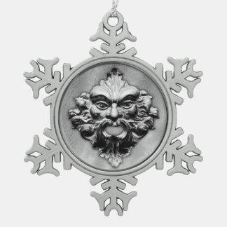 Hombre verde en la plata - copo de nieve 1 del adorno de peltre en forma de copo de nieve