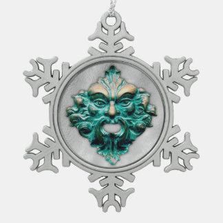 Hombre verde en la plata - copo de nieve 2 del adorno de peltre en forma de copo de nieve