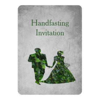 """Hombre verde y señora verde Handfasting Invitation Invitación 5"""" X 7"""""""