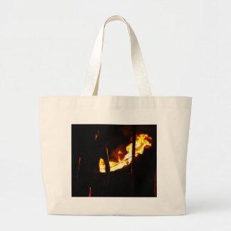 Hombre y fuego bolsa de tela grande