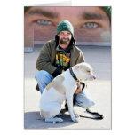 Hombre y perro sin hogar felicitación