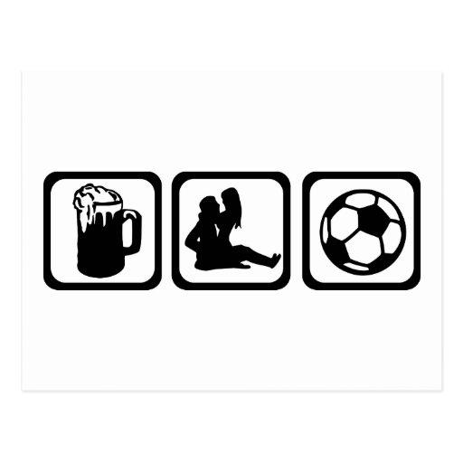 Hombres - cerveza - fútbol postal