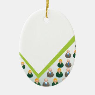 Hombres de negocios crecientes de la red adorno navideño ovalado de cerámica