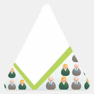 Hombres de negocios crecientes de la red pegatina triangular