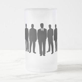 Hombres en taza de los juegos