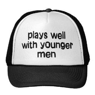 Hombres más jovenes gorros bordados