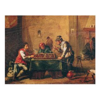 Hombres que juegan a backgammon en una taberna tarjetas postales