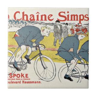 Hombres que montan las bicicletas del vintage azulejo cuadrado pequeño