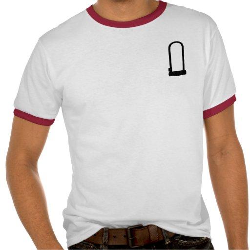 Hombres rojos del campanero de la U-Cerradura Camisetas