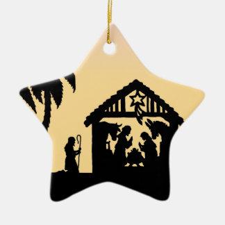 Hombres sabios de la silueta de la natividad en el ornamento de navidad