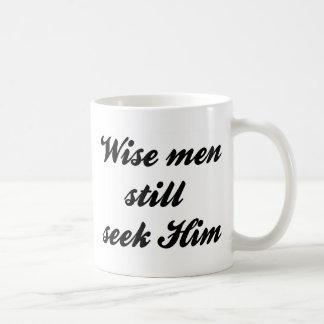 Hombres sabios tazas de café