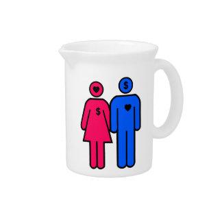 Hombres y mujeres jarras de beber