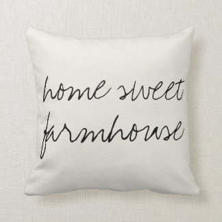 Home Sweet Farmhouse | Throw Pillow
