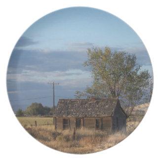 Homestead Cabin Melamine Plate