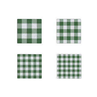 Homey Green and White Gingham Pattern Magnet Set