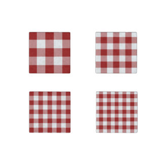 Homey Red and White Gingham Pattern Magnet Set