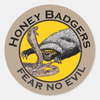 Honey Badgers 'fear no evil' Classic Round Sticker