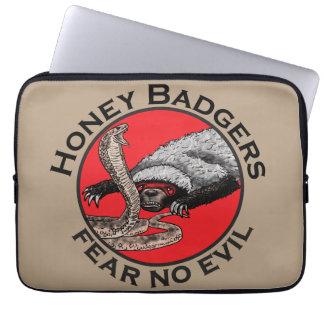 Honey Badgers 'fear no evil' Computer Sleeve