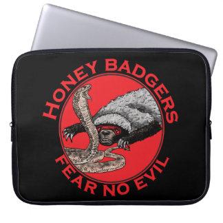 Honey Badgers 'fear no evil' Laptop Sleeves
