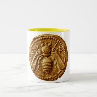 HONEY BEE / BEEKEEPING BEEKEEPER APIARIST Two-Tone COFFEE MUG