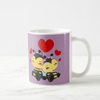 Honey bee love - Mug
