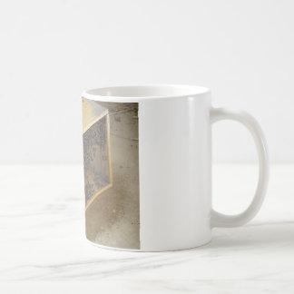 Honeybee Package Classic White Coffee Mug