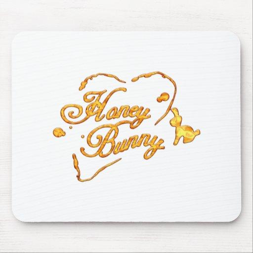 HoneyBunny_Tshirt.png Alfombrilla De Ratón