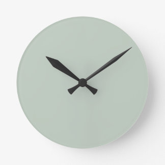 Honeydew Solid Color Round Clock