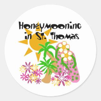 Honeymooning en St Thomas Pegatina Redonda