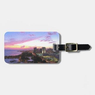 Honolulu cityscape Hawaii sunset Luggage Tag