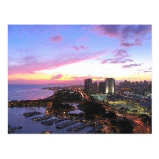 Honolulu cityscape Hawaii sunset Postcard