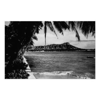 Honolulu, Hawaii - View of Diamond Head Print