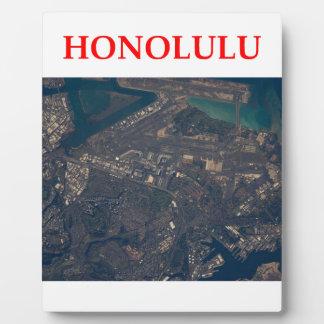 honolulu display plaques