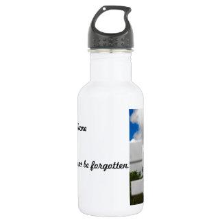 Honor For a Fallen Soldier Water Bottle