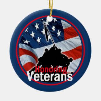 Honrar el ornamento de los veteranos adorno redondo de cerámica