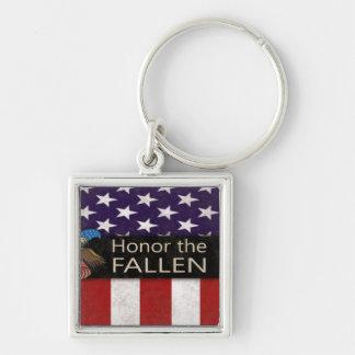 Honre a los militares caidos llavero cuadrado plateado