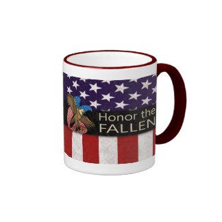 Honre a los militares caidos taza de dos colores