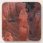 Hoodoo del martillo del Thor en rastro de Navajo Posavaso