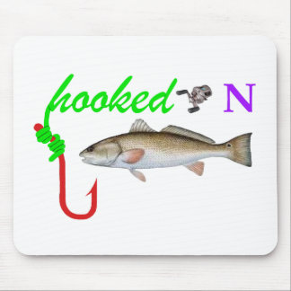 hooked on redfish mouse pad