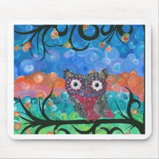 Hoolandia (c) 2013 – Expressions Owl 02 Mouse Pad