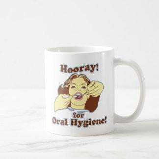 Hooray para la higiene oral retra tazas de café