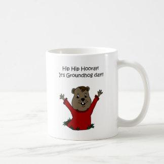 hooray su día de la marmota en blanco taza