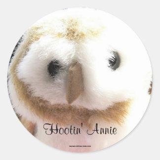 Hootin' Annie Classic Round Sticker