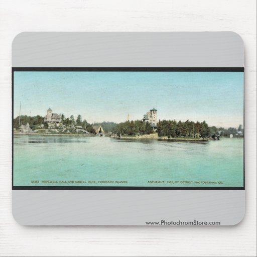 Hopewell Hall and Castle Rest, Thousand Islands ra Mouse Pad