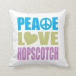 Hopscotch del amor de la paz cojines