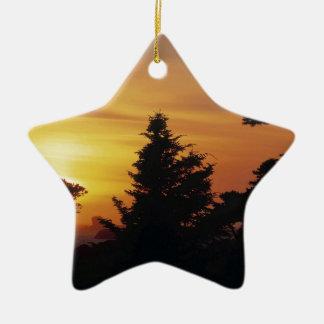 Hora de acostarse de la puesta del sol de los árbo ornaments para arbol de navidad