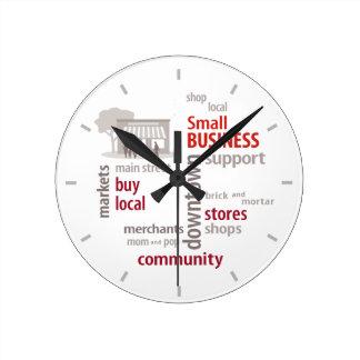 Hora de apoyar su reloj local de la pequeña empres
