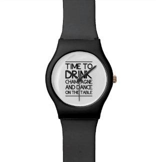 Hora de beber Champán y de bailar en la tabla Relojes De Pulsera